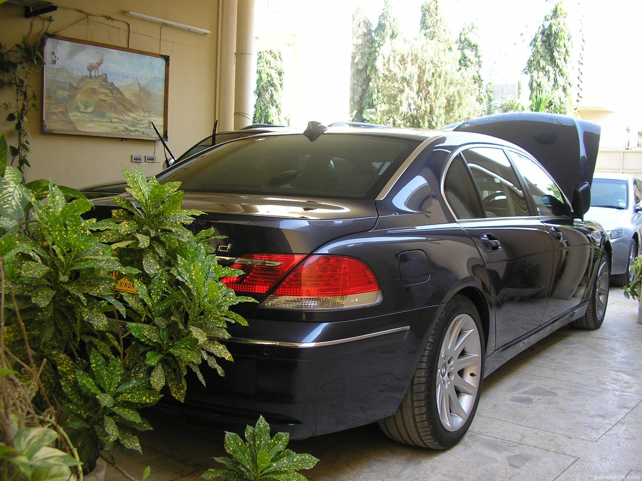 BMW 7 Series - 2008 - Image-1