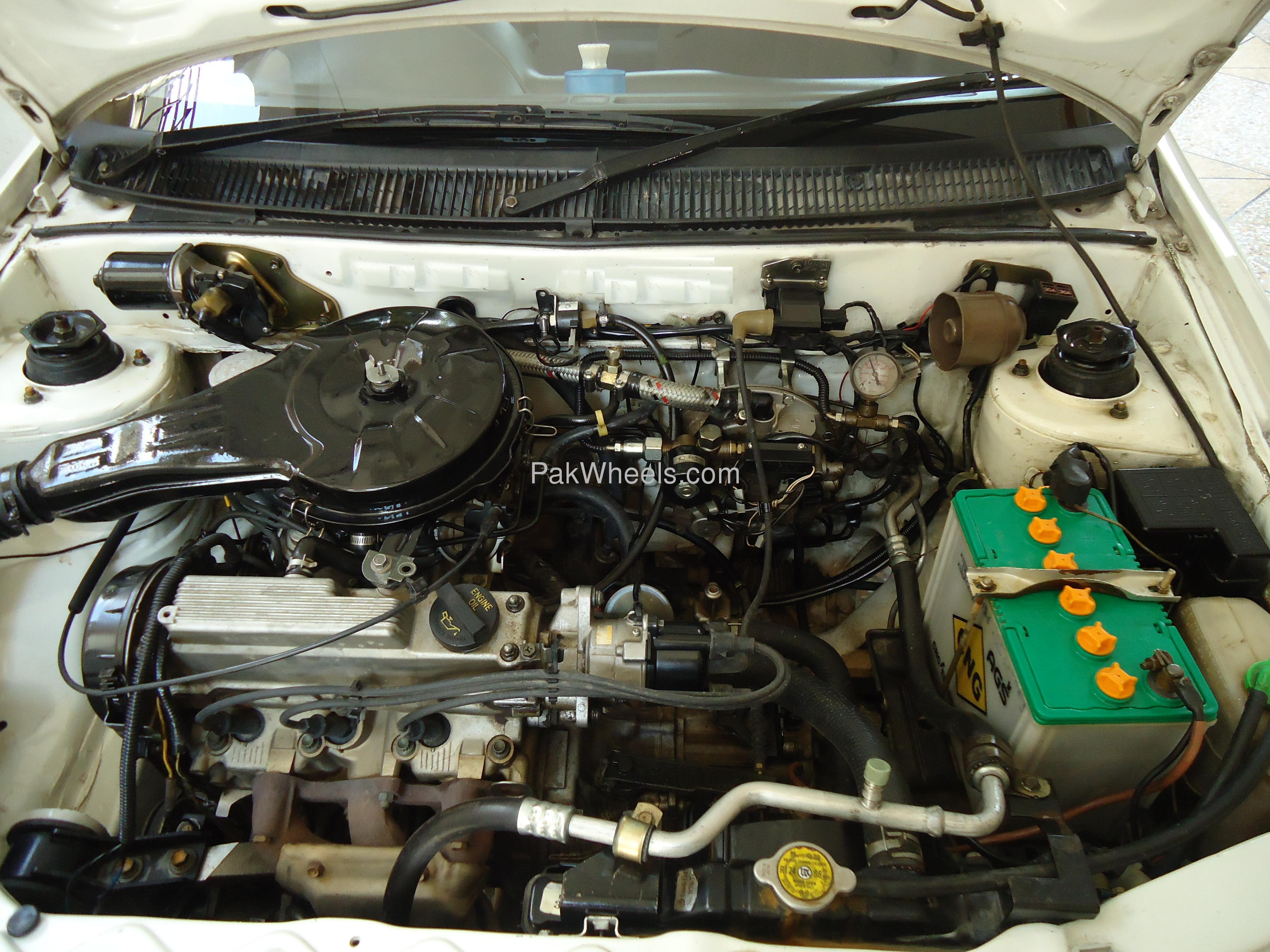 Suzuki Cultus VX 2005 Image-1