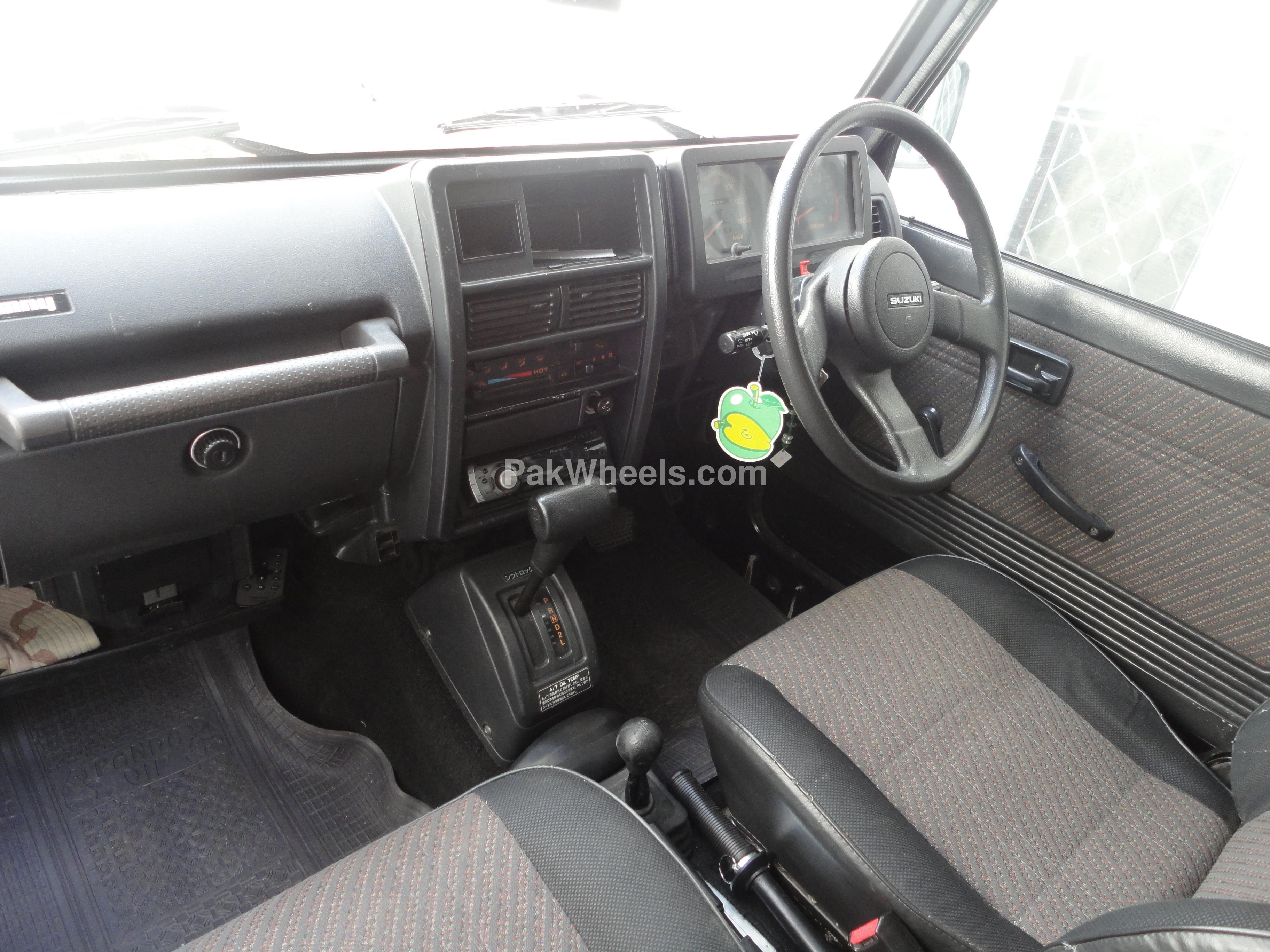 Suzuki Jimny 1994 Image-4