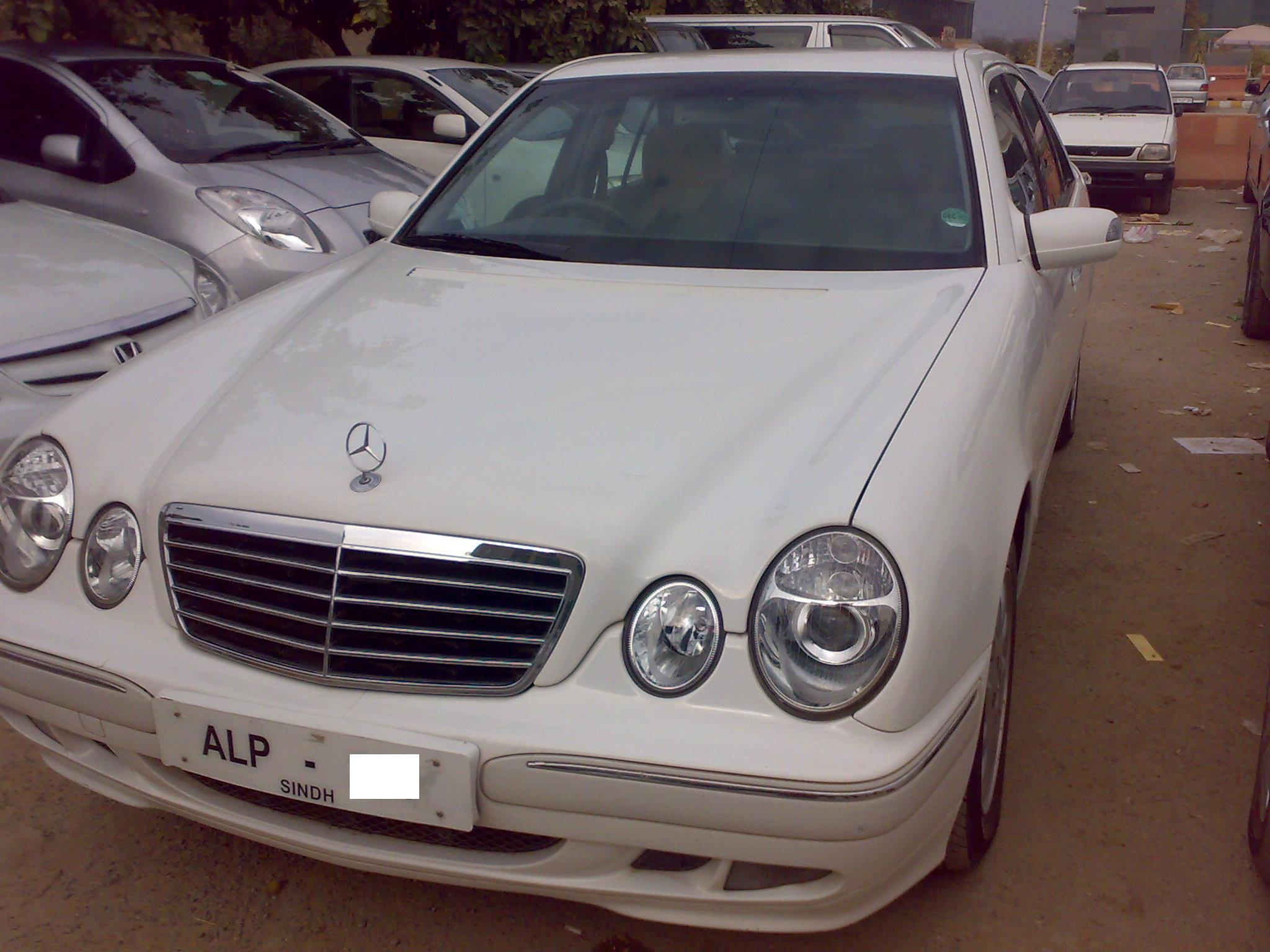 mercedes benz e class e220 cdi 2000 for sale in islamabad pakwheels. Black Bedroom Furniture Sets. Home Design Ideas