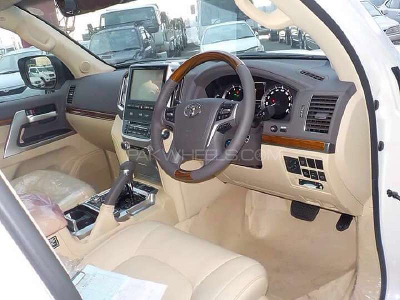 Toyota Land Cruiser ZX 2016 for sale in Multan | PakWheels