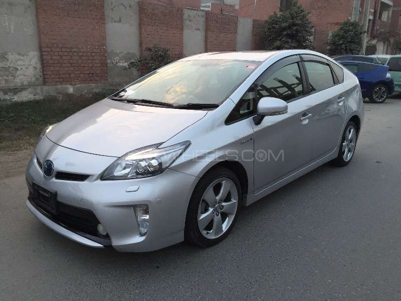 Toyota Prius G Touring Selection Leather Package 1.8 2012 Image-7