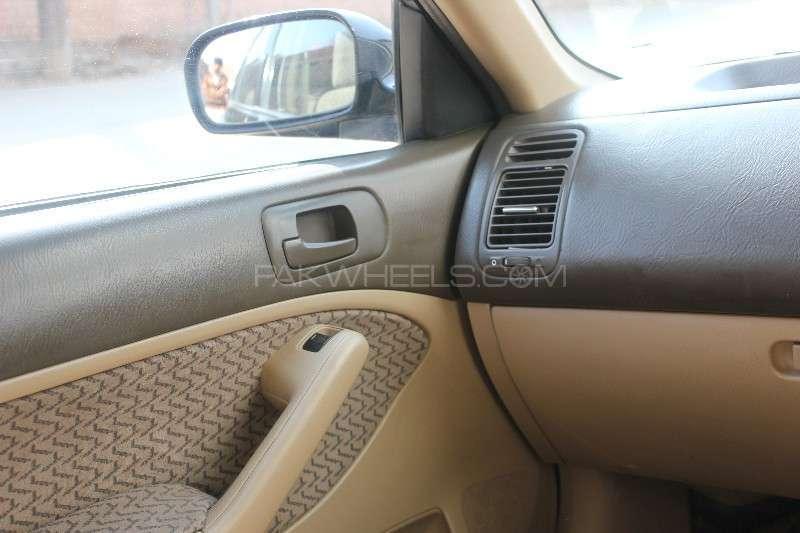 Honda Civic VTi Oriel 1.6 2005 Image-5