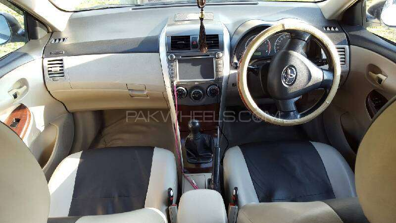 Toyota Corolla GLi 1.3 VVTi 2011 Image-4