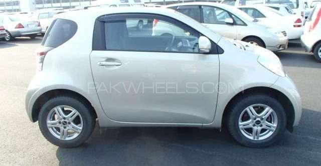 Toyota iQ 2009 Image-5