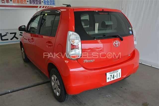 Toyota Passo + Hana 1.0 2012 Image-3