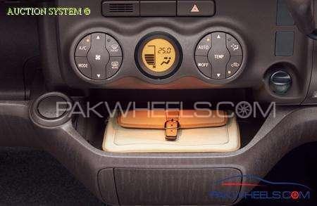 Toyota Passo + Hana 1.0 2012 Image-10