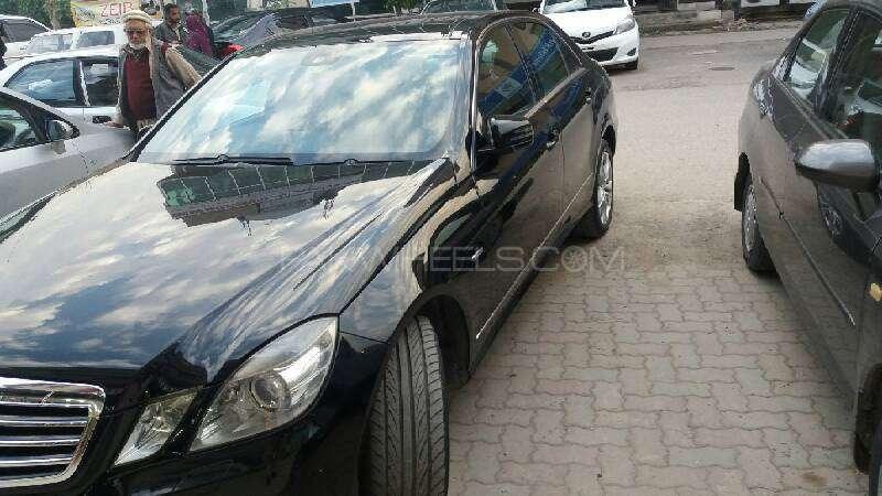 Mercedes Benz E Class E250 2012 Image-3