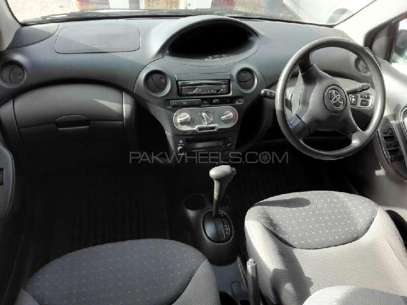 Toyota Vitz B 1.0 2003 Image-3