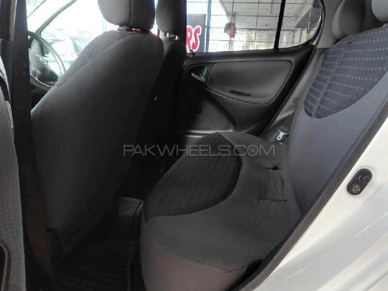 Toyota Vitz B 1.0 2003 Image-5