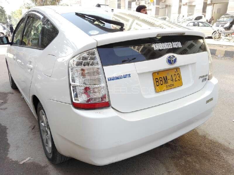 Toyota Prius 2012 Image-7