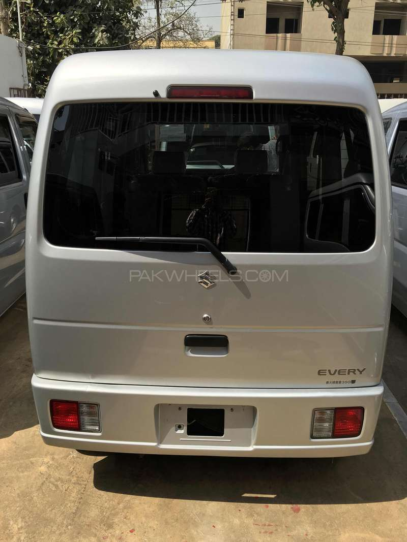 Suzuki Every Wagon JP 2011 Image-4