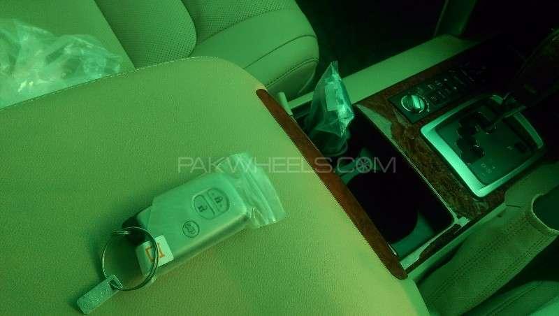 Toyota Land Cruiser ZX 2012 Image-9
