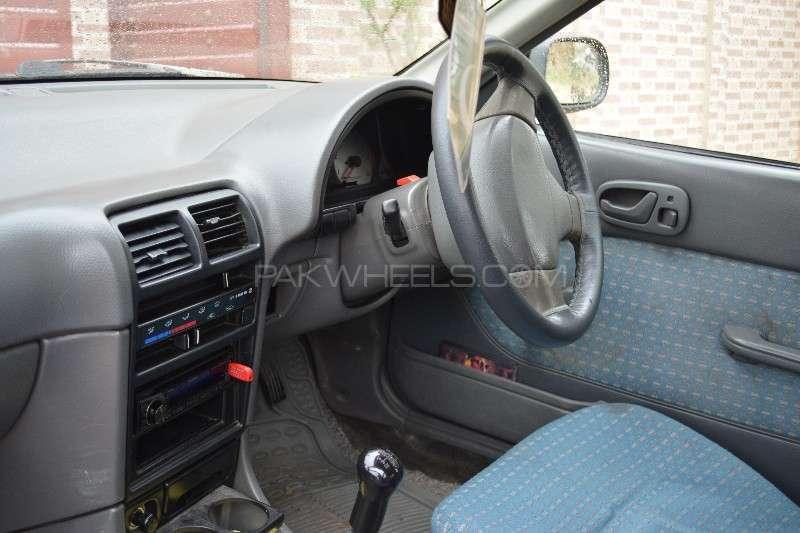 Suzuki Cultus VX 2004 Image-9