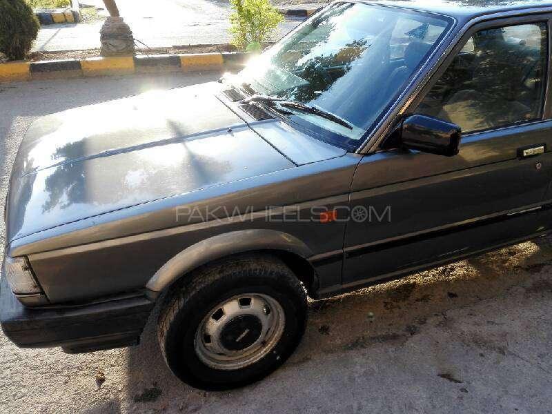 Nissan Sunny LX 1987 Image-8