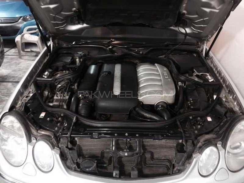 Mercedes Benz E Class E270 CDI 2004 Image-5