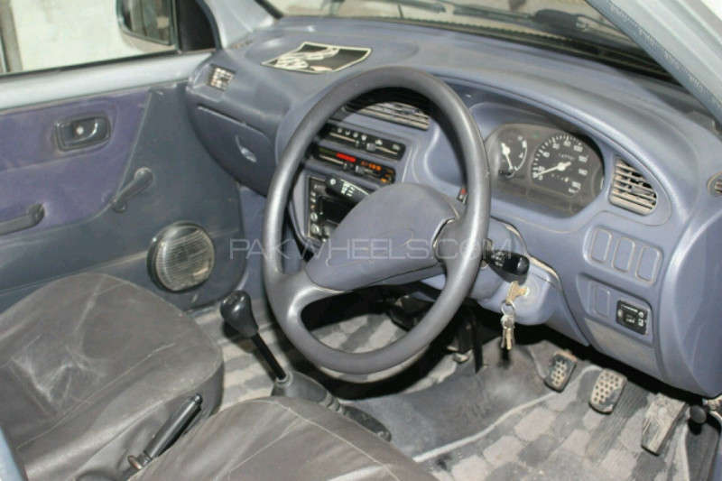 Daihatsu Cuore CX Eco 2006 Image-3