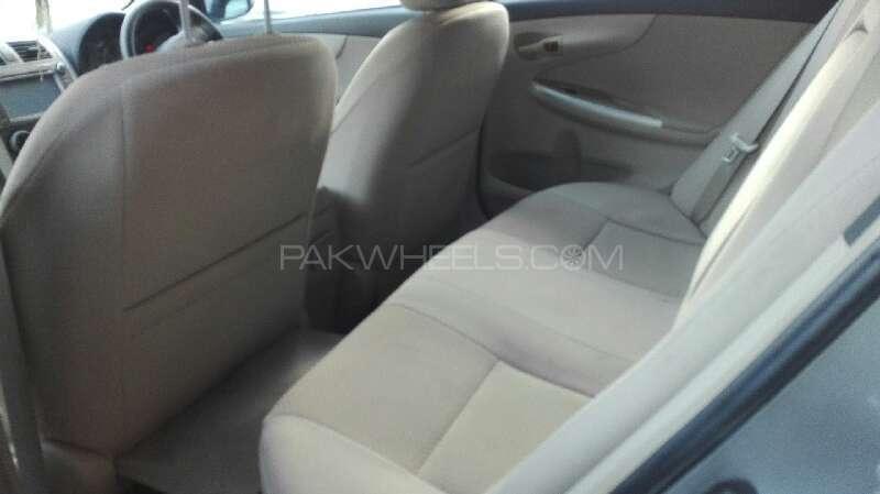 Toyota Corolla GLi Automatic 1.6 VVTi 2011 Image-3