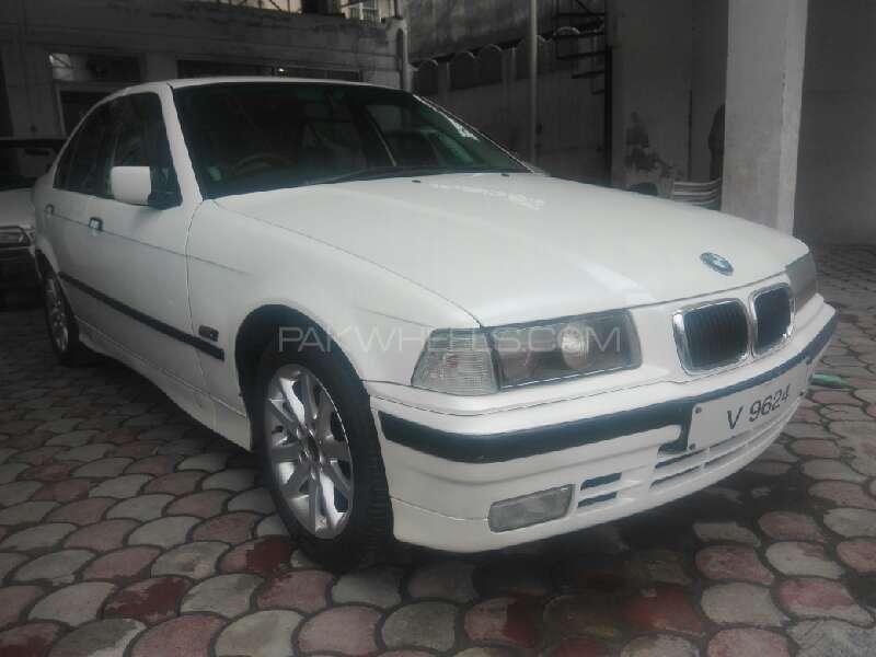 BMW 3 Series 316i 1993 Image-1