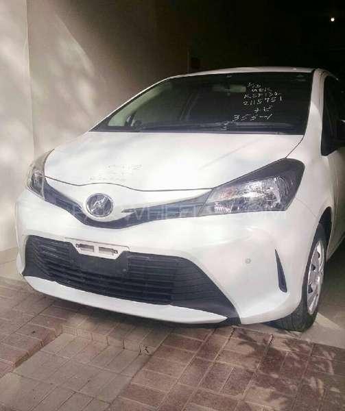 Toyota Vitz F Limited 1.0 2014 Image-2