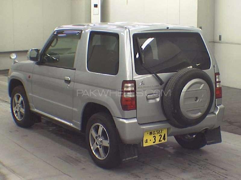 Mitsubishi Pajero Mini 2010 Image-2