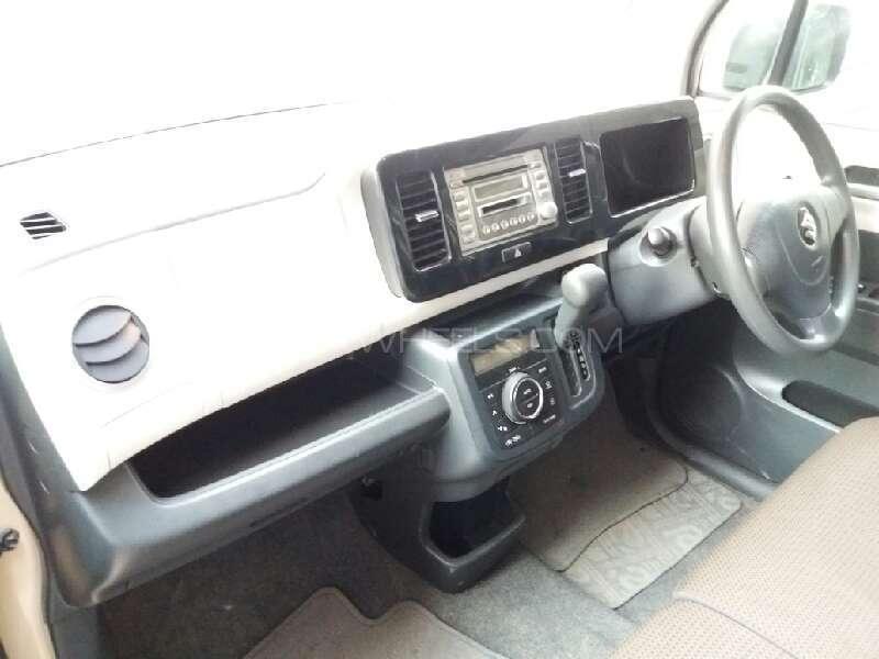 Suzuki MR Wagon X 2012 Image-7
