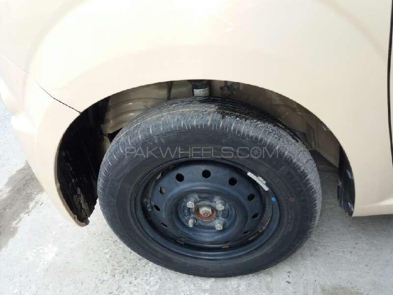 Suzuki MR Wagon X 2012 Image-10