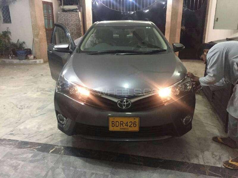 Toyota Corolla Altis Automatic 1.6 2015 Image-7
