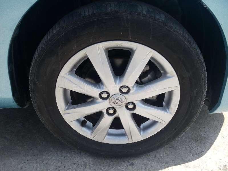 Toyota Vitz Jewela 1.0 2012 Image-10