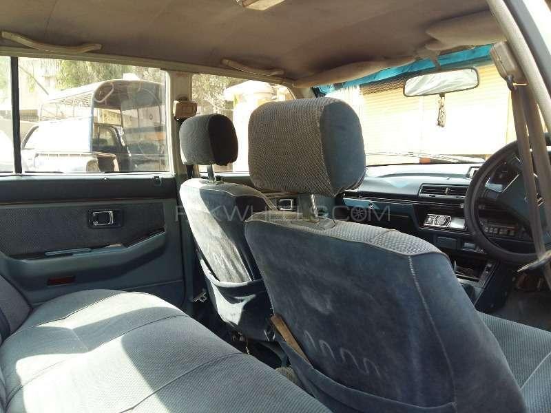 Honda Accord 1985 Image-6