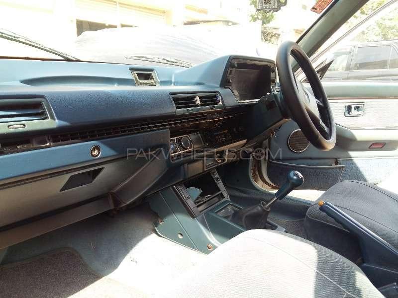 Honda Accord 1985 Image-7