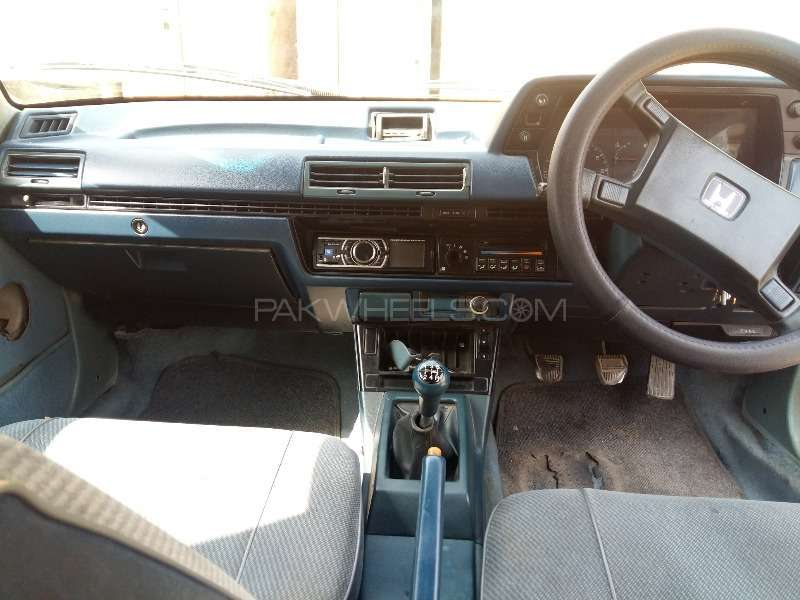 Honda Accord 1985 Image-8