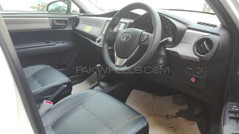 Toyota Corolla Axio X 1.3 2012 Image-3