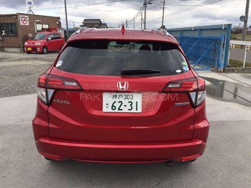Honda Vezel G 2015 Image-5
