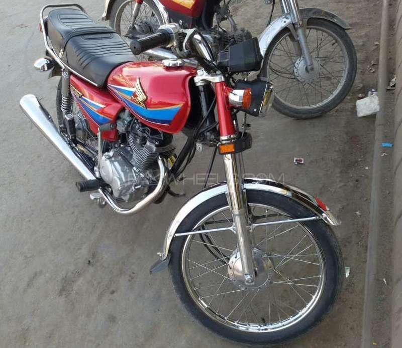 ni krna orignal bike hai orignl documnts mention pakwheels   when