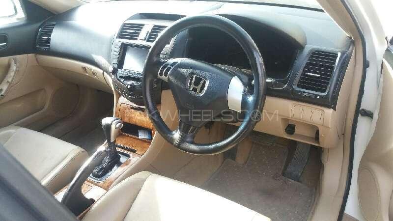 Honda Accord CL9 2004 Image-6