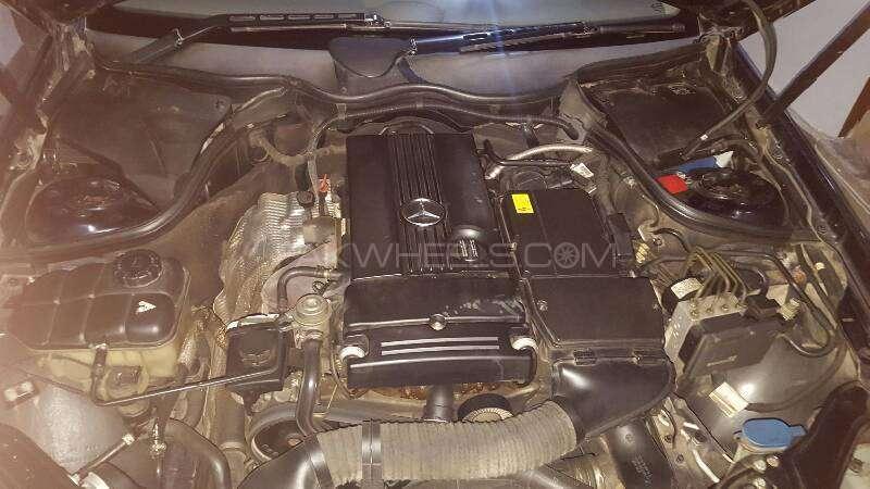 Mercedes Benz CLK Class CLK200 Kompressor Cabriolet 2006 Image-8
