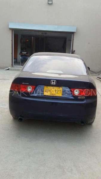 Honda Accord CL9 2003 Image-2
