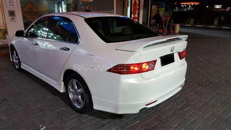 Honda Accord CL9 2004 Image-14