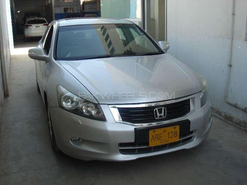 Honda Accord 2008 Image-2