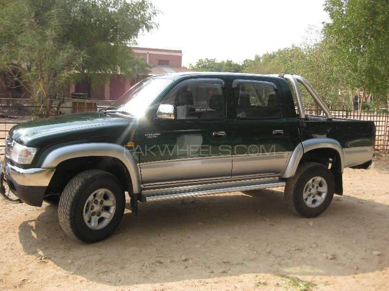 Toyota Hilux Double Cab 2001 Image-5
