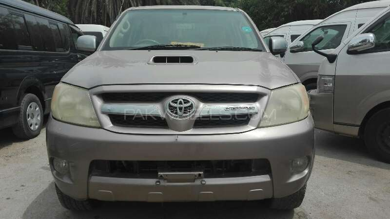 Toyota Hilux 2006 Image-1