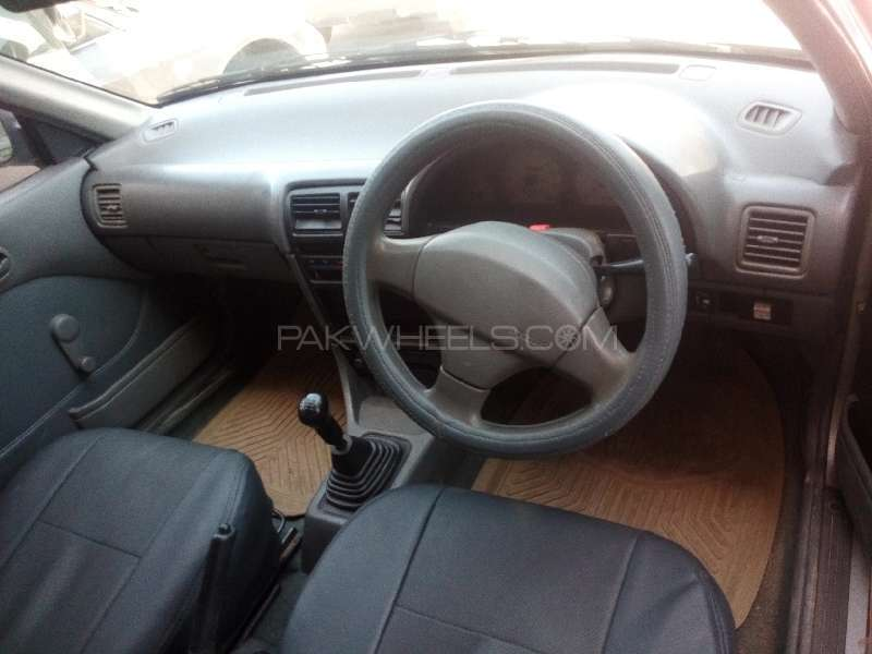 Suzuki Cultus VXR 2004 Image-2