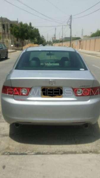 Honda Accord CL9 2003 Image-5