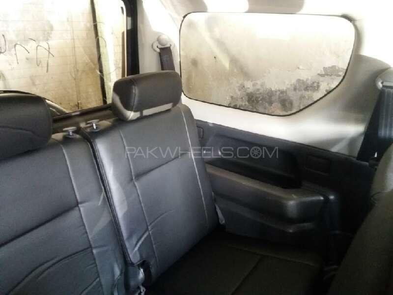 Suzuki Jimny 2011 Image-5