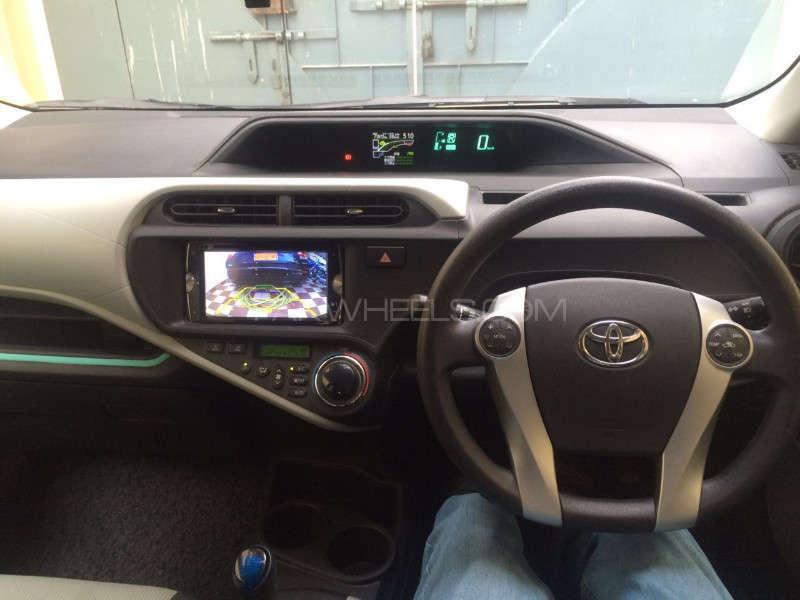Toyota Aqua G 2012 Image-9