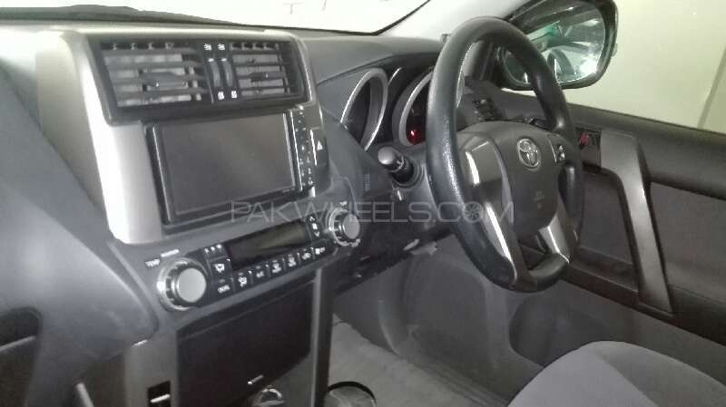 Toyota Prado TX 2.7 2010 Image-10