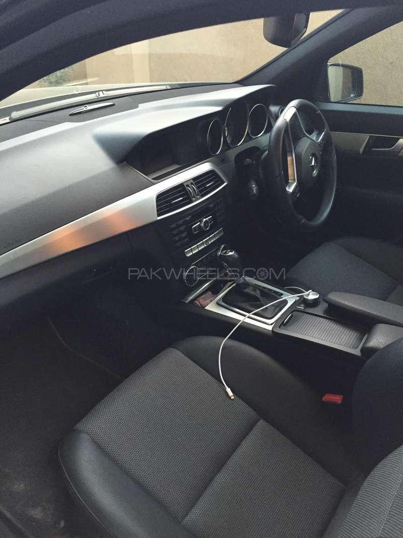 Mercedes Benz C Class C180 2012 Image-4
