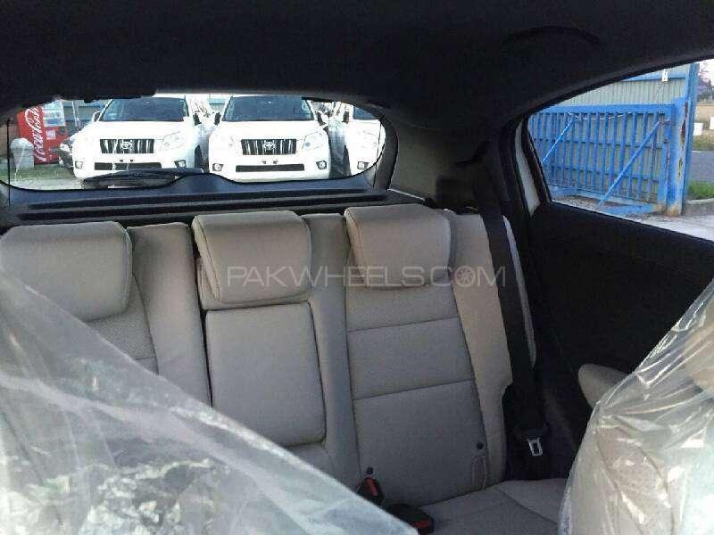 Honda Vezel Hybrid Z 2016 Image-9