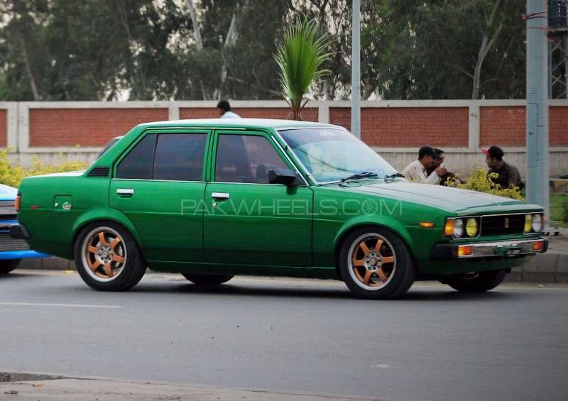 toyota corolla gl 1980 for sale in peshawar pakwheels. Black Bedroom Furniture Sets. Home Design Ideas